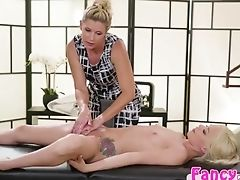 Blonde, Fingering, India Summer, Kissing, Pussy,