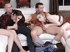Seios Grandes Naturais, Boquete, Estilo Cachorro, Sexo Em Grupo , Hardcore , Cabelo Longos , Amante, Seios Naturais , Sexo Oral, Orgy,